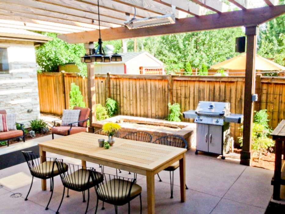 Luxescapes Landscape Design and Installation Contractor – Low Voltage Chandelier