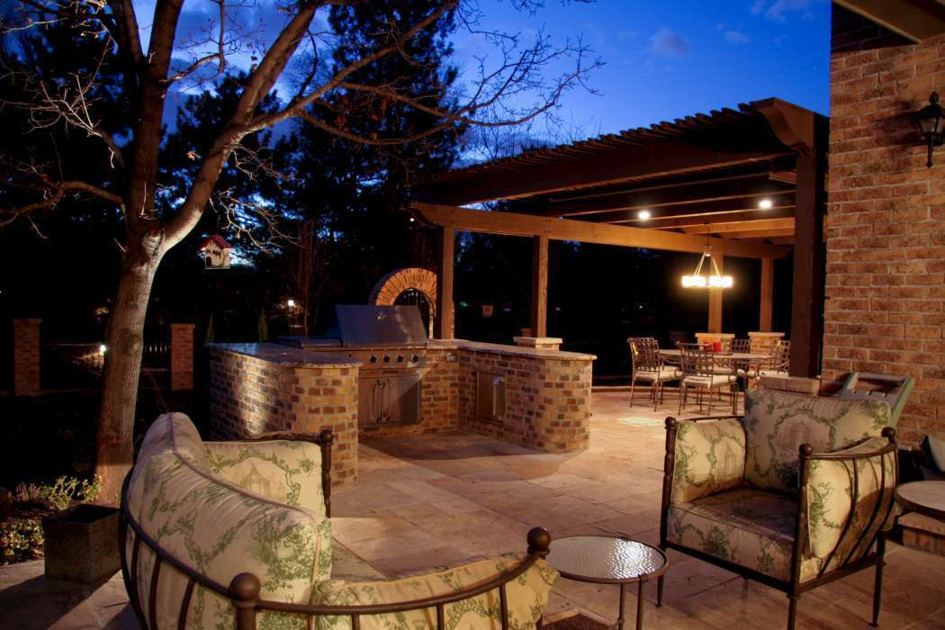 Superieur The Outdoor Kitchen And Grill Area Is Perhaps One Of The Most Important  Features In Outdoor Living! Just As The Kitchen Tends To Be The  Congregating Space ...